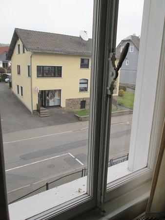 Lindlar, Tyskland: Blick aus einem der beiden Fenster