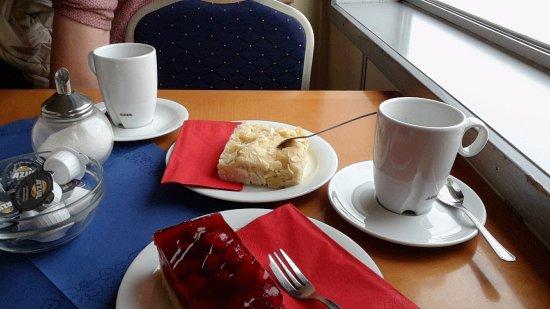 Schon Hal över Bremer Fahrgastschifffahrt: Kaffee Und Kuchen