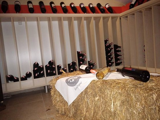 Yacht Roof Restaurant : selection wines