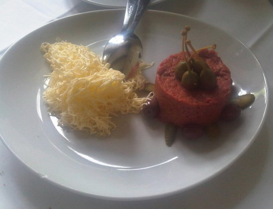 Gostilnica Mandrija: tartara di carne