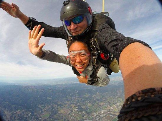 Skydive Surfcity -Santa Cruz: 120 mph free fall!