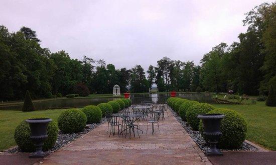 l'arri u00e8re de la piscine Photo de H u00f4tel Du Bois Blanc, Vonnas TripAdvisor # Hotel Du Bois Blanc Vonnas