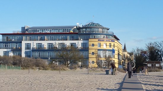 20170430 184249 picture of strand hotel for Warnemunde ja hotel
