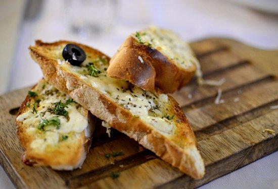 Toscano: Toast