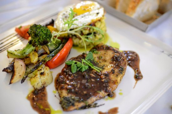 Toscano: Chicken with Italian souce