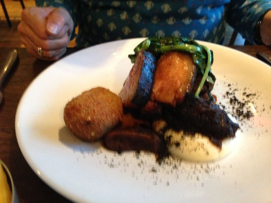 Moira, UK: slow cooked park jowl and black pudding croquette