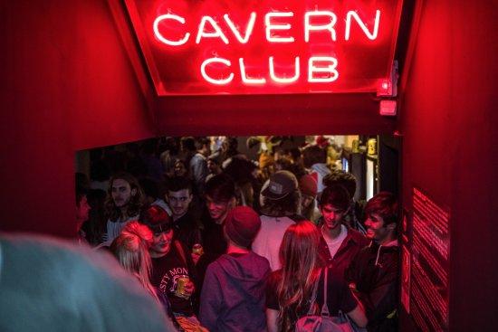 Sant jordi hostel rock palace barcelone espagne voir les tarifs et avis auberge tripadvisor - Auberge de jeunesse barcelone pas cher ...