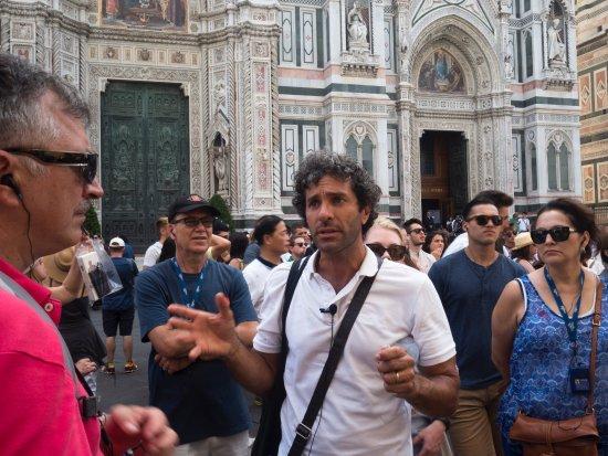 Paul Tuscany Tour Guide