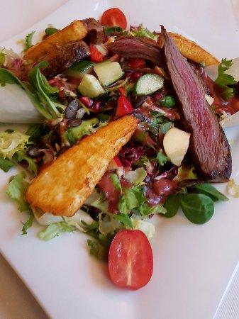 Hemmingen, เยอรมนี: Wellness-Salat mit Lammfilet