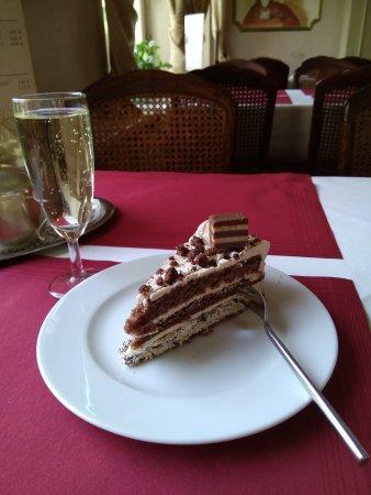 Cafe Beeg: IMG_20170502_122735_large.jpg