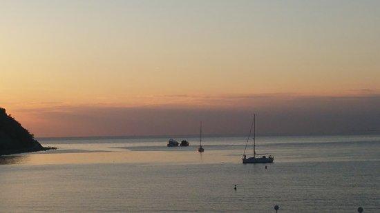 Barbara Piran Beach Hotel & Spa: 20170429_195054_large.jpg