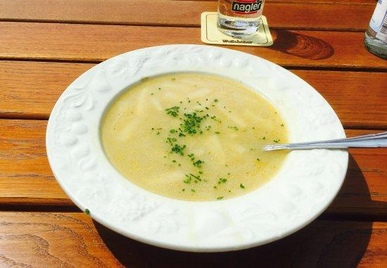 Шнайттах, Германия: Lecker Spargelcreme-Suppe