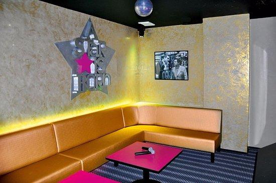 Grande Salle De Karaoke A Kbox Lyon 7 Picture Of Kbox Karaoke