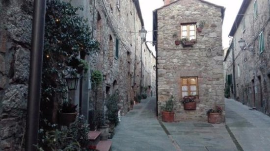 Monteverdi Marittimo, İtalya: Centro storico Borgo Canneto