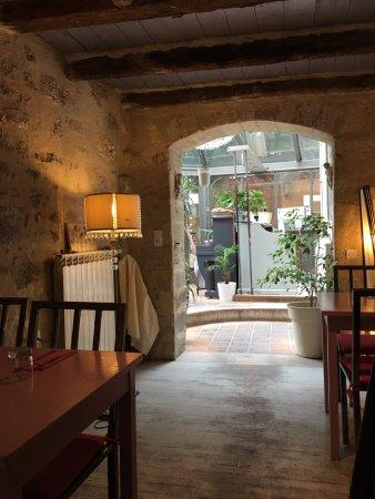 Restaurant la table des saveurs dans villeneuve les - La table des saveurs villeneuve les avignon ...