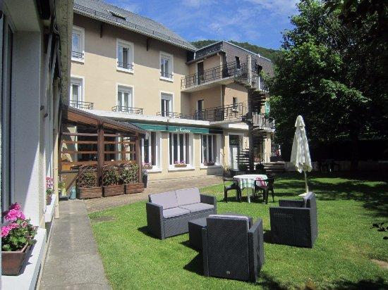 Le Castelet Hotel-Restaurant