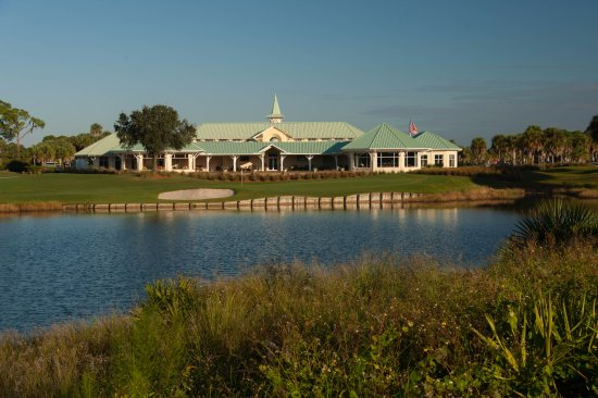 Port Saint Lucie, FL: PGA Golf Club Clubhouse, great outdoor seating!