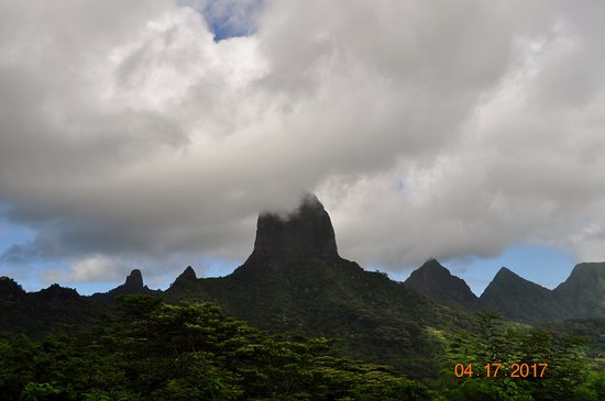 Moorea, French Polynesia: Beautiful landscape!!