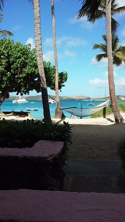 Benner, St. Thomas: Nice patio with an amazing view.