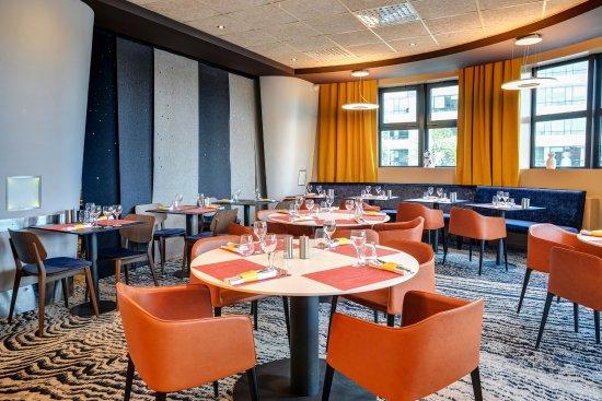 restaurant de l h 244 tel r 233 nov 233 en 2017 photo de novotel 14 porte d orl 233 ans