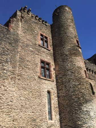 Belcastel, France: Windows from medieval time