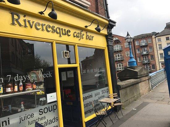 Riveresque Cafe: photo0.jpg