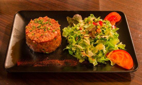 Tartare de boeuf pr par ou non frites salade - Restaurant la table du boucher arcachon ...