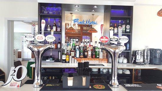 Eastleigh, UK: Badi Mirchi new Bar
