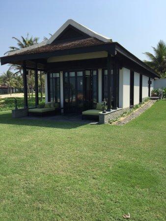 Four Seasons Resort The Nam Hai, Hoi An: A beach villa - total luxury