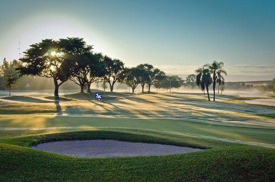 Flamingo Lakes Golf & Country Club
