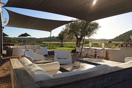 Quinta Tapada do Gramacho: Lounge area outside