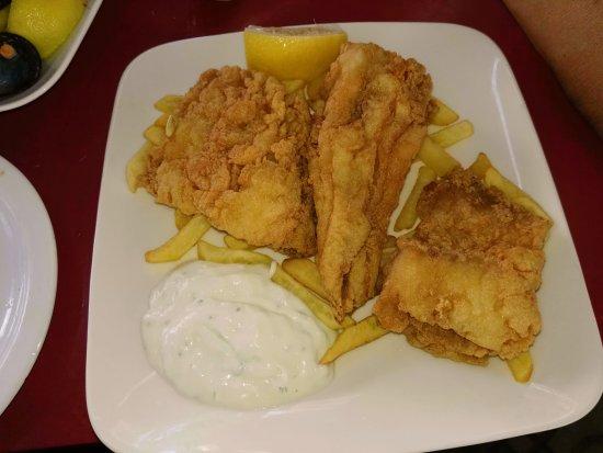 Bar La Gamba de Oro: Me encanta el bacalao y por eso suelo probarlo donde lo encuentro, este me sorprendió por malo.