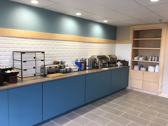 Country Inn & Suites by Radisson, Fairborn South, OH: Our NEW Breakfast room