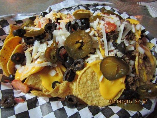 Eloy, AZ: My yum-eee nachos
