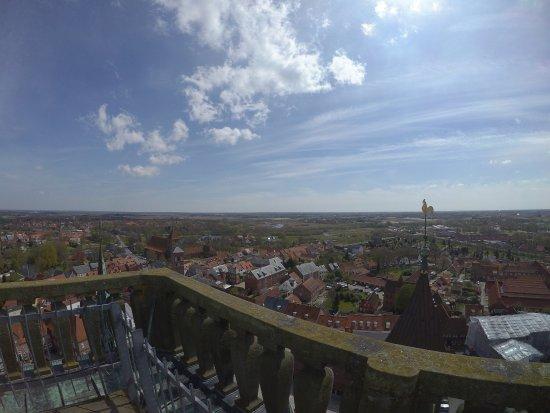 Ribe, Dänemark: Foto's genomen van het uurwerk, de klokken en het uitzicht van boven. Zeer de moeite waar om eve