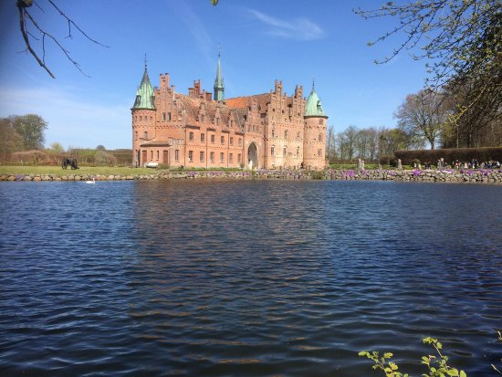 Castillo de Egeskov: photo0.jpg