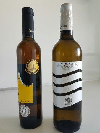 Serrada, ספרד: Vinos de la bodega