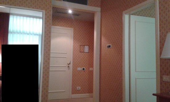 Grand Hotel Astoria: Gli interni della Camera 2/6