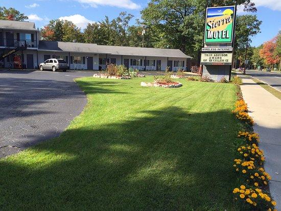 Sierra Motel