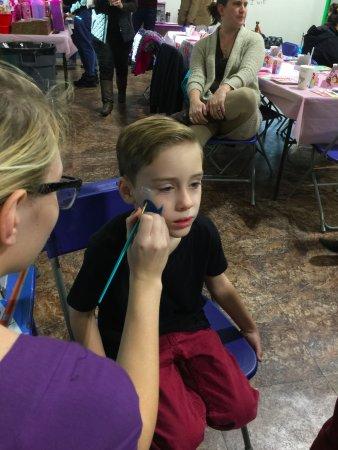 Kidz Zone Of Tahlequah: Face Painting