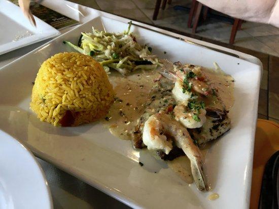 La Mancha: Grouper with shrimp