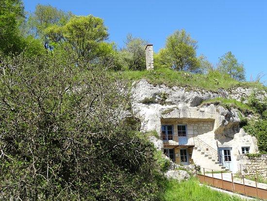 La Maison Troglodyte
