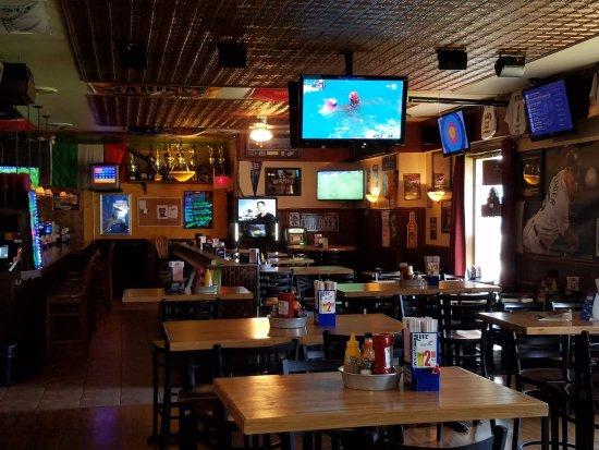 Γουόρεν, Μίσιγκαν: Inside View of Restaurant