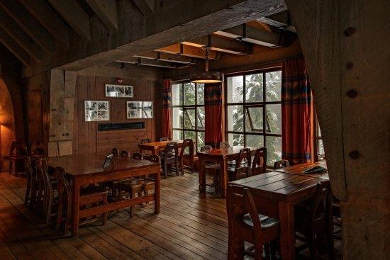 Timberline Lodge, ออริกอน: Timberline's Ram's Head Bar
