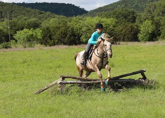 Hill Country Equestrian Lodge Photo