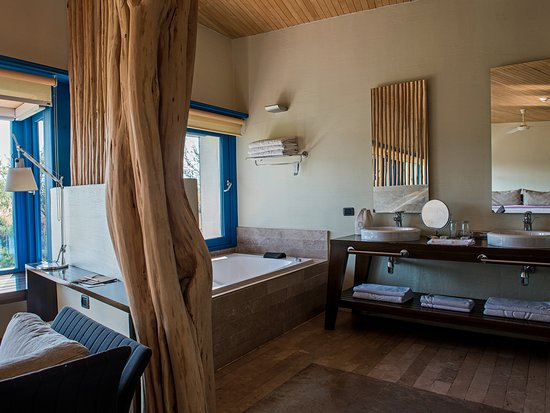 Explora Atacama - All Inclusive: Suite Catur - Bathroom