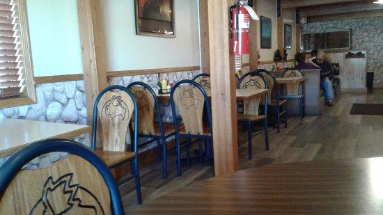 Columbus, MT: Bearstone interior