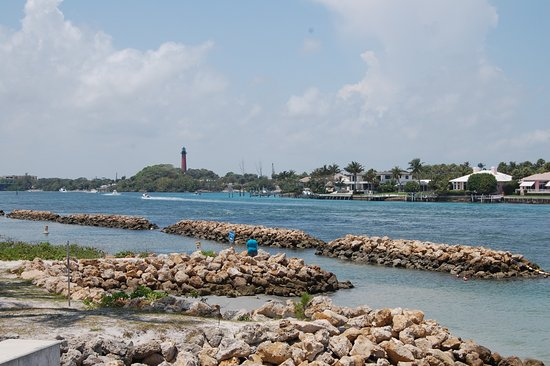Jupiter, FL: light house view