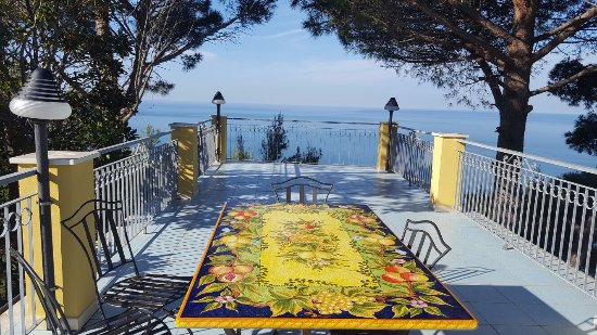 Terrasse de l\'appartement n°3 - Picture of Residence Cielo E Mare ...