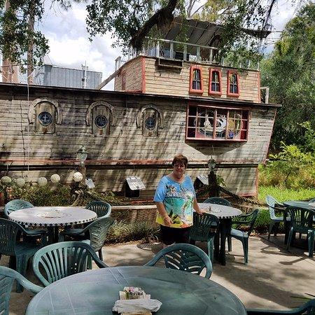 Solomon's Castle : Outside of the Boat In The Moat Restaurant